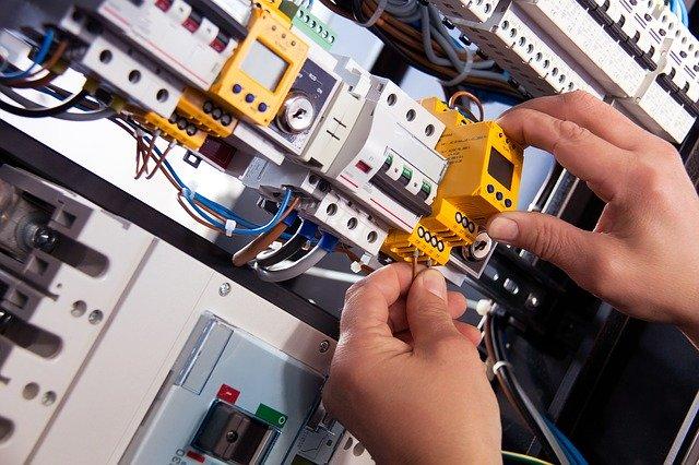 INSTALACIONES ELECTRICAS ELECTRICISTAS